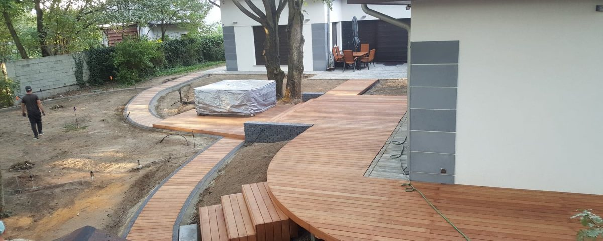 Tarasy drewniane z drewna egzotycznego