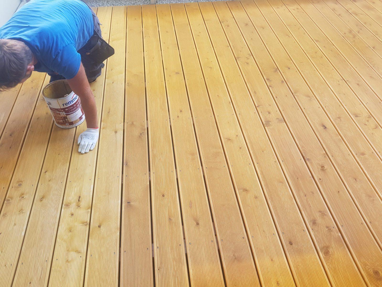 Olejowanie tarasu z drewna